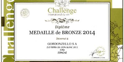 MEDALLA de BRONCE para nuestro vino blanco KYRA 2012, 100% Albarín Fermentado en Barrica